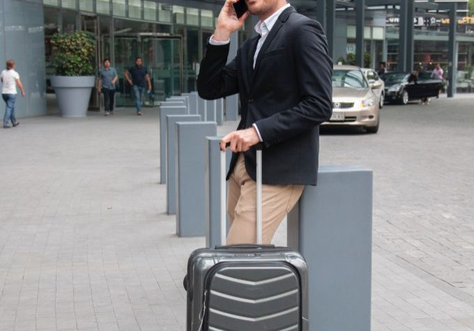 travel-phone
